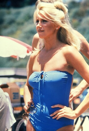 suzanne somers stars in zuma beach available now on dvd