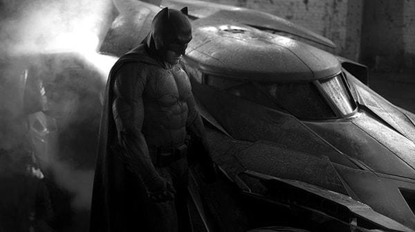 "BEN AFFLECK as Batman in Warner Bros. Pictures' action adventure ""BATMAN v SUPERMAN: DAWN OF JUSTICE,"" a Warner Bros. Pictures release."
