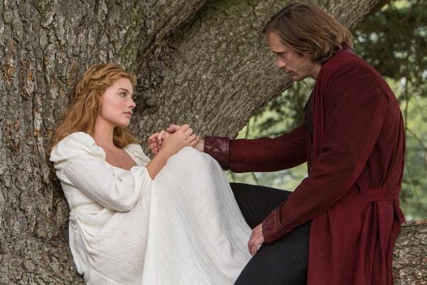 MARGOT ROBBIE as Jane and ALEXANDER SKARSGÅRD as Tarzan