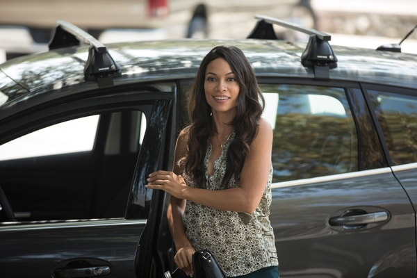 """ROSARIO DAWSON as Julia Banks in Warner Bros. Pictures' dramatic thriller """"UNFORGETTABLE,"""" a Warner Bros. Pictures release."""