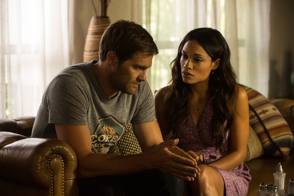 """GEOFF STULTS as David Connover and ROSARIO DAWSON as Julia Banks in Warner Bros. Pictures' dramatic thriller """"UNFORGETTABLE,"""" a Warner Bros. Pictures release."""
