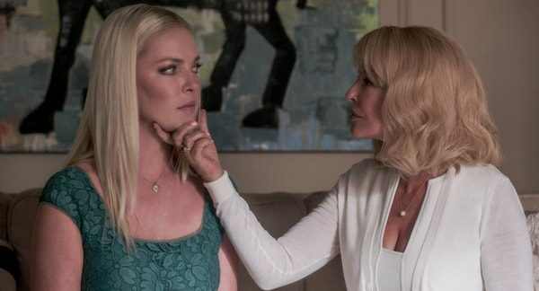"""KATHERINE HEIGL as Tessa Connover and CHERYL LADD as Helen in Warner Bros. Pictures' dramatic thriller """"UNFORGETTABLE,"""" a Warner Bros. Pictures release."""