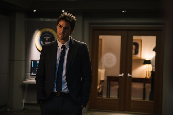 "JIM STURGESS as Max Lawson in Warner Bros. Pictures' and Skydance's suspense thriller ""GEOSTORM,"" a Warner Bros. Pictures release."