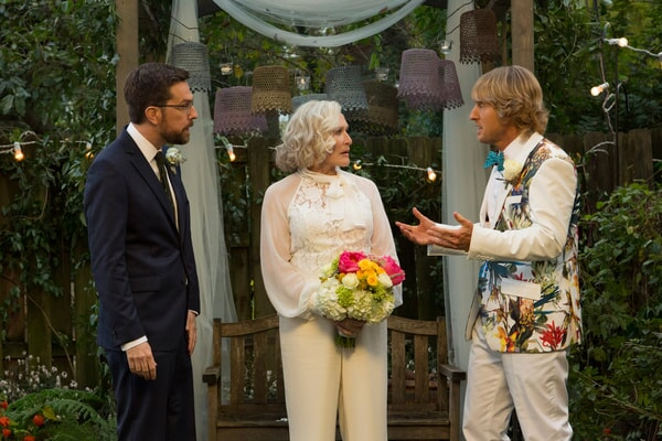 """ED HELMS as Peter Reynolds, GLENN CLOSE as Helen and OWEN WILSON as Kyle Reynolds in Alcon Entertainment's comedy """"FATHER FIGURES,"""" a Warner Bros."""