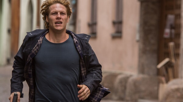"""LUKE BRACEY as Johnny Utah in Alcon Entertainment's action thriller """"POINT BREAK,"""" a Warner Bros. Pictures release."""